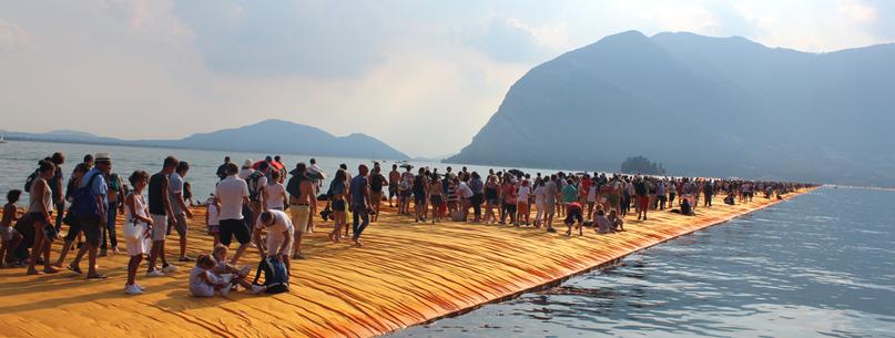 THE FLOATING PIERS, LAGO D'ISEO, ITALIA